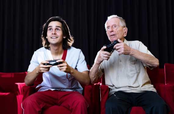 AlexA Pflege Betreuung Angebot Senioren Altenpflege