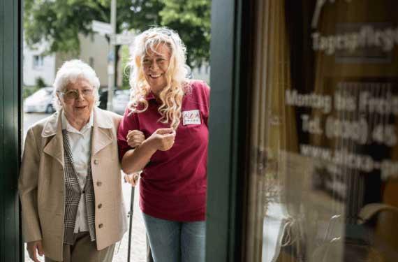 Pflege AlexA Angebot Tagespflege Seniorenbetreuung