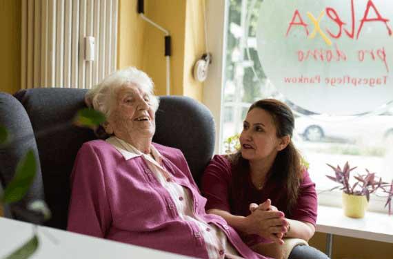 Klein Pflege AlexA Seniorenbetreuung Angebot Tagespflege Verhinderungspflege
