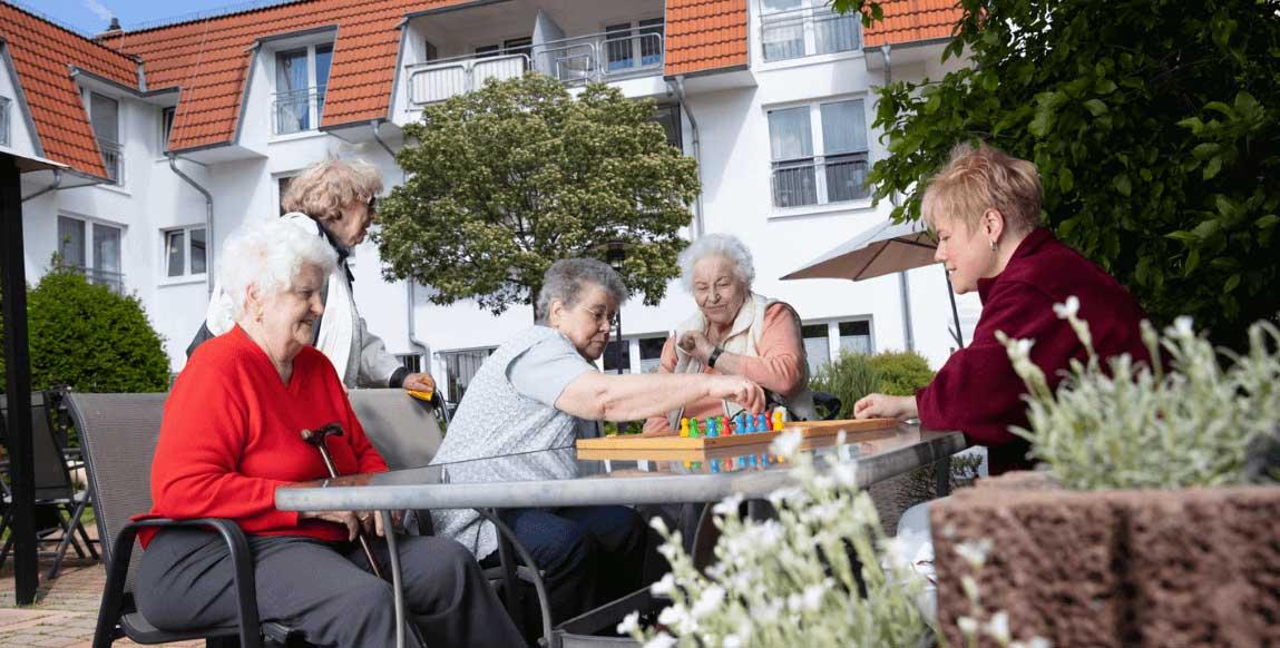 AlexA Gotha Pflege Betreuung Angebot Aktivitäten Vielfalt Senioren Altenpflege Garten